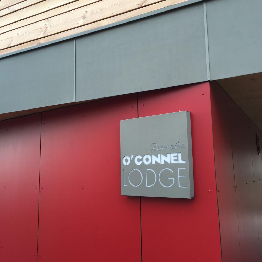 Enseigne en Zinc O'Connel Lodge